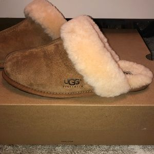 UGG Shoes - Women's Ugg Slippers